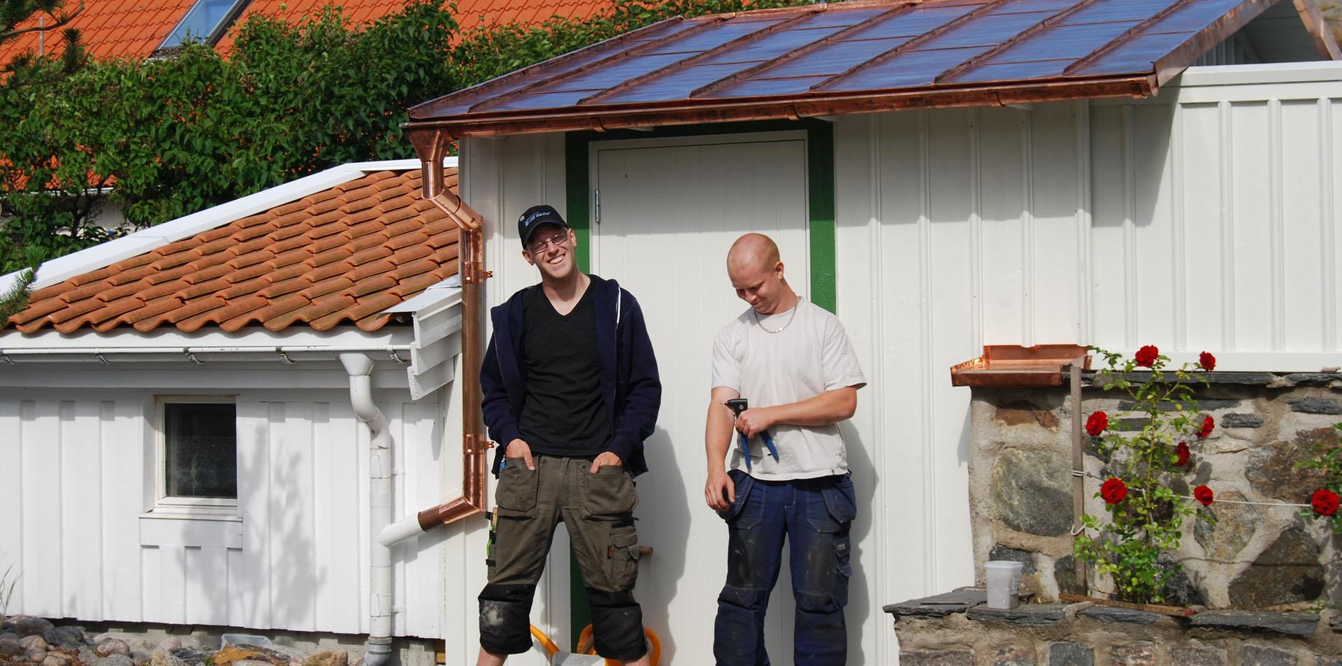 byggnadsplatslagare arbetar